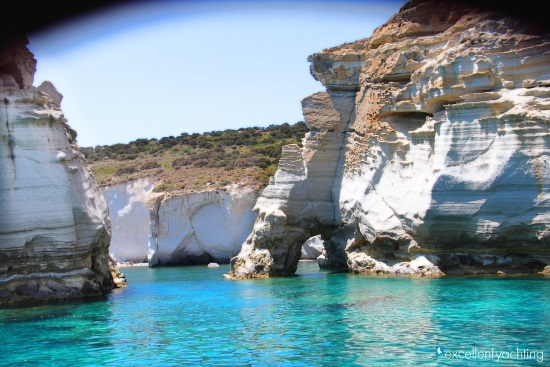 DAILY CRUISES FROM POLLONIA (PRIVATE)